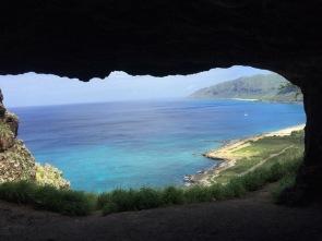 Makua Cave